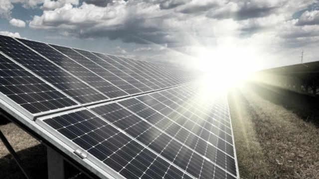 solaire panneaux 640 360 05022000