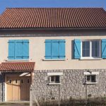 volet petit maison bleu ouvrert ferme 02 05022000